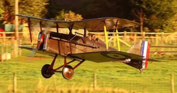 g-ebia-f-904-royal-aircraft-factory-se-5a-z-1918-roku-25-09-2010-17-26-28