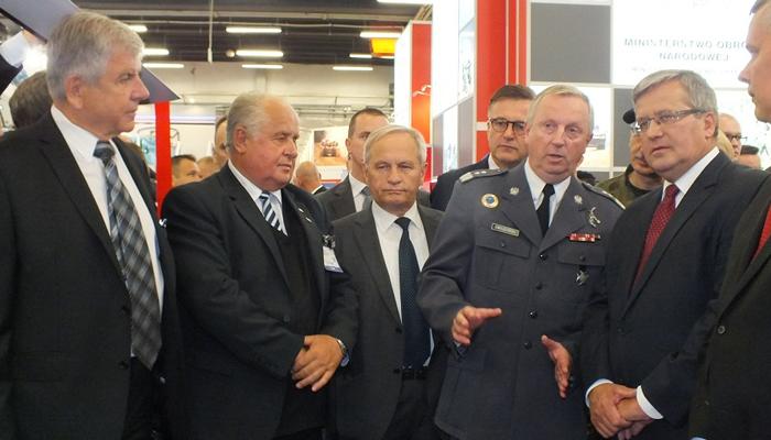 dyrektor-wisniowski-z-prezydentem-komorowskim