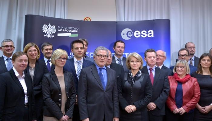 podpisanie-kontraktu-z-europejska-agencja-kosmiczna