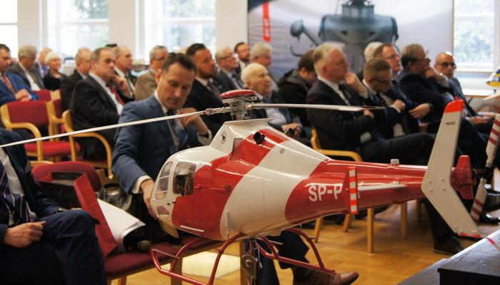 PZL-Świdnik is celebrating at the Institute of Aviation
