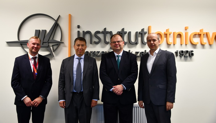Visit of EASA Executive Director Patrick Ky in the Institute of Aviation